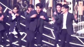 Video 171201 MAMA In HK  SUPER JUNIOR ~ Black Suit  DONGHAE download MP3, 3GP, MP4, WEBM, AVI, FLV Februari 2018