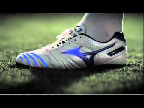 mizuno wave football boots