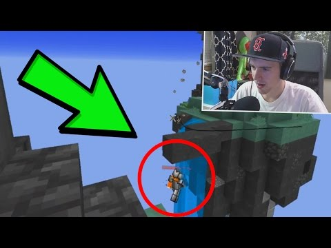 WHAT IS HE DOING LMFAO?... Minecraft` Skywars!