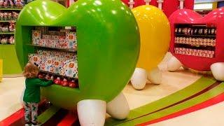 ✿ Дубаи ОАЭ День #2 Огромный Магазин Сладостей и МУЗЫКАЛЬНЫЙ ФОНТАН в Дубай Молл City Of Dubai(Дубаи ОАЭ День #2 Едем в Дубай Молл - самый крупный торгово-развлекательный центр в мире, несколько раз посмо..., 2015-12-16T03:30:02.000Z)