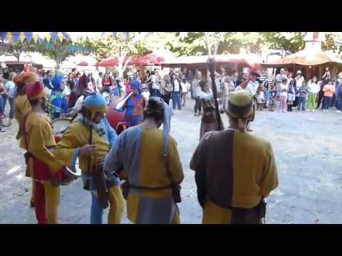 V2.6 Actuación juglares Feria medieval de Ferrol A Coruña 2013 Músicos actuando YouTube