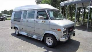 1994 GMC Vandura G2500 Conversion Van Start Up, Engine, and In Depth Tour
