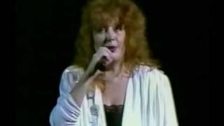 Алла Пугачева - Миллион алых роз (Live, 1989, Пхеньян)
