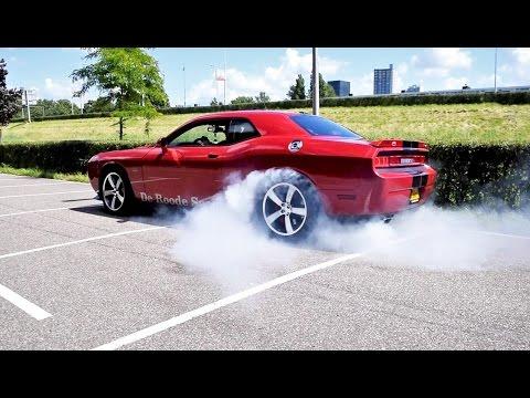 LOUD Dodge Challenger SRT-8 392 Hemi! BURNOUTS, Revs & More SOUNDS!