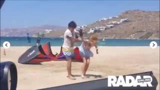 Lindsay y Egor pelea playa