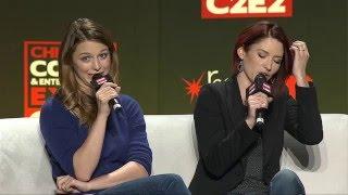 supergirl panel avec melissa benoist et chyler leigh  la convention c2e2  chicago 19 03 16
