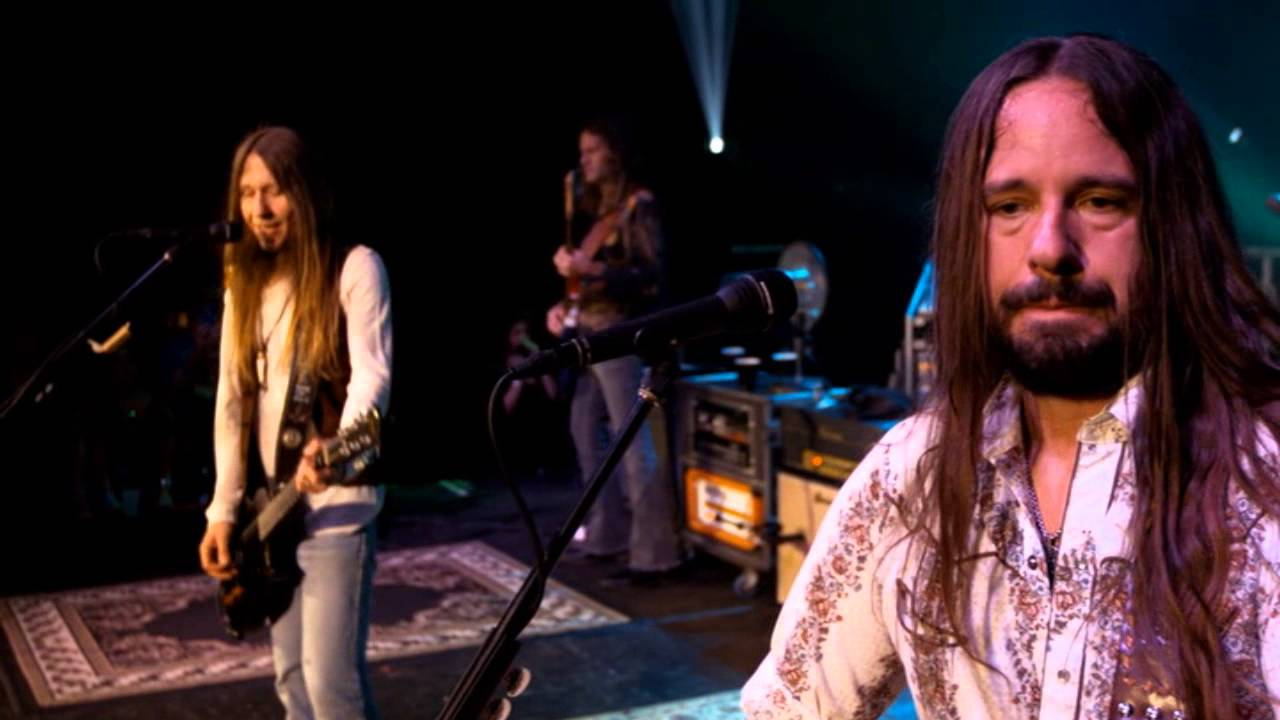 blackberry smoke one horse town leave a scar youtube. Black Bedroom Furniture Sets. Home Design Ideas