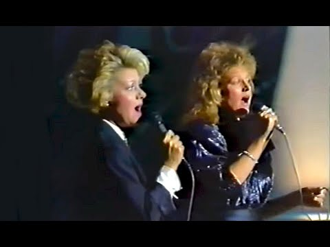 Barbara Dickson and Elaine Paige  I Know Him So Well