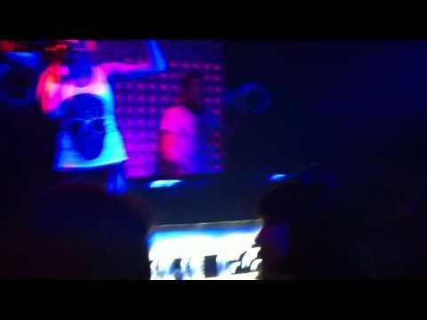 VADIM VOGUE & MC LADY ALICE (live) @ DUHLESS'11