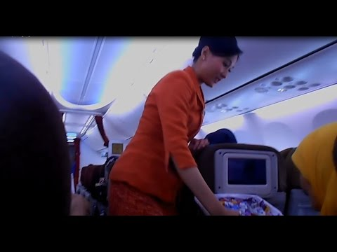 GT-TU #5 Oh My God, The Beauty of Garuda Indonesia Airlines stewardess Makes Nervous