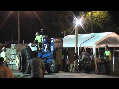 Rear Wheel Comes Off Of Tractor During Pull On Concrete