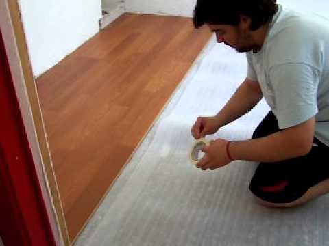 Colocaci n de piso flotante parte 1 3 youtube for Se puede dividir un piso en dos