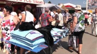Ярмарка на площади: саратовцев удивили белорусские цены(, 2014-08-06T11:55:37.000Z)