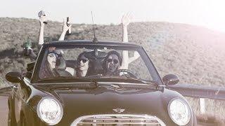 Смотреть клип Sak Noel Ft. Da Beat Freakz - Young & Reckless