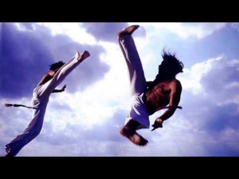 Capoeira Music - Mestre Esquilo  Vou pra Luanda