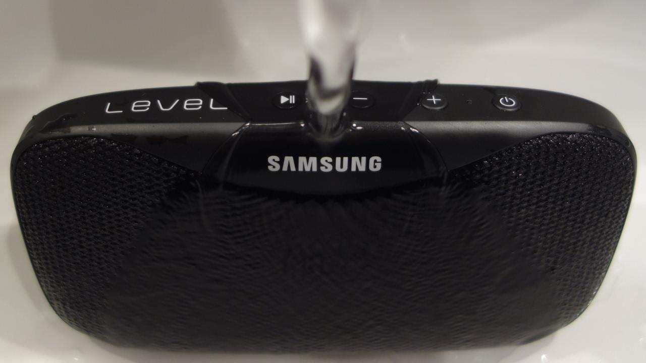 Samsung Level Box Slim Water Resistant Bluetooth Speaker Youtube