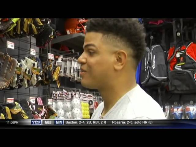 The Hook-Up: Dellin Betances donates equipment to YSL