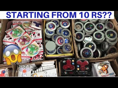 Cheapest Fidget Spinner Market[Wholesale/Retail] | Sadar Bazar | Delhi thumbnail