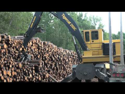 Tigercat AC16 Articulating Carrier