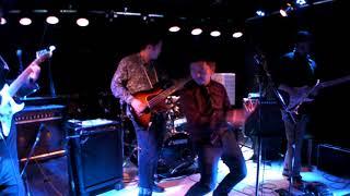 徳島を中心に活動しているブルースロックバンド。オリジナル曲です。作...