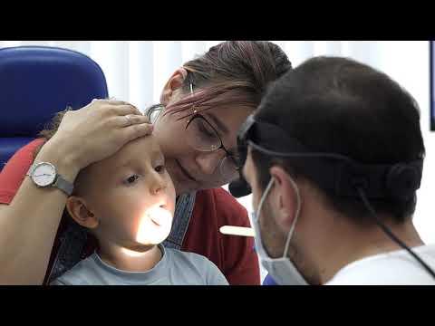 Осмотр ребенка у ЛОР. Детский ЛОР. Детский врач. Камран Гаджиев.