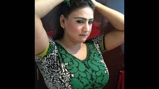 mujra BiGG BOOBs in black hot