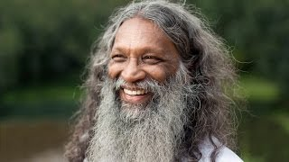 Enlightenment without action, Satsang with Santhi in Kerala, India - Inspiration - Divine Movies