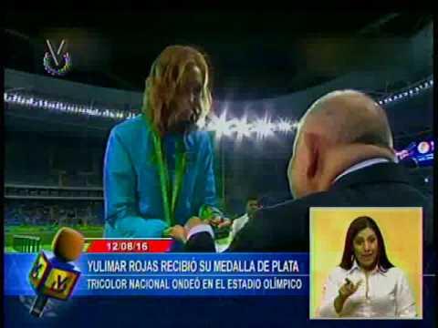Yulimar Rojas recibió su medalla de plata en Río 2016