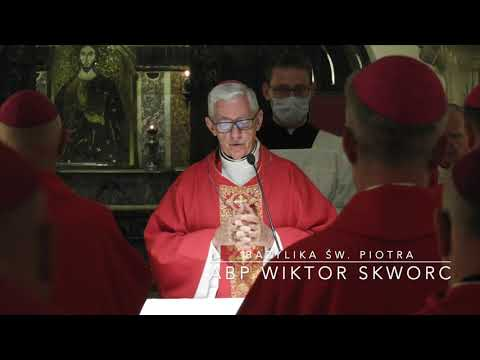 Abp Skworc: Przez komunię, uczestnictwo i misję ku Kościołowi-Wspólnocie