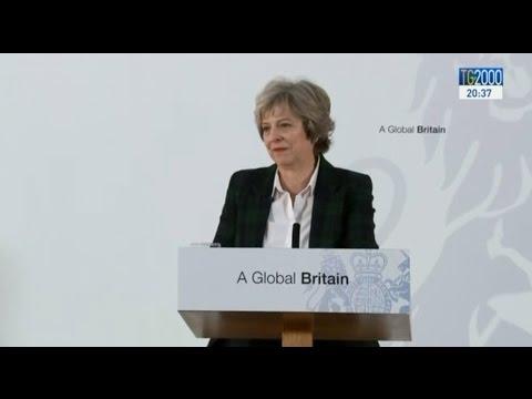 Ecco il piano di Theresa May per la Brexit. Rottura con l