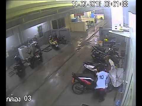 ภาพวงจรปิด โจรขโมยรถจักรยานยนต์ Honda Zoomer อีกมุมกล้องหนึ่ง