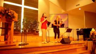 """Video Maddie and Cher sing """"O Holy Night"""" download MP3, 3GP, MP4, WEBM, AVI, FLV Juni 2018"""