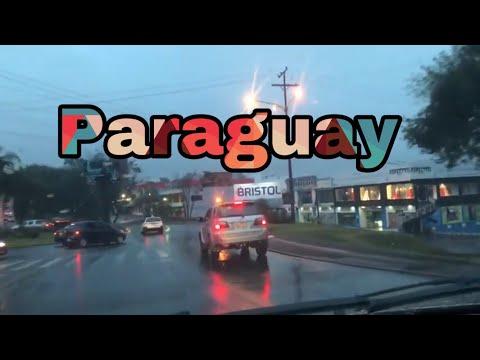 Manejando en Paraguay y escuchando la radio en Guaraní.