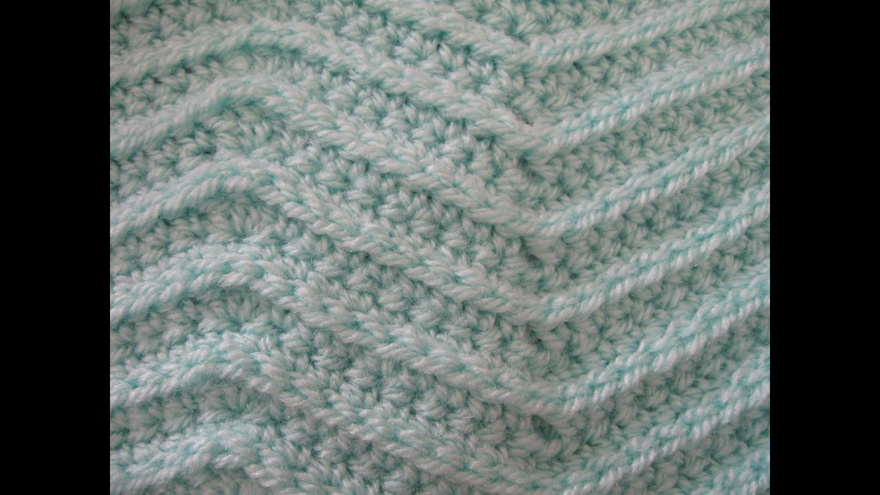 Crocheting Zig Zag Stitch : Zig Zag Stitch - Crochet Tutorial - YouTube