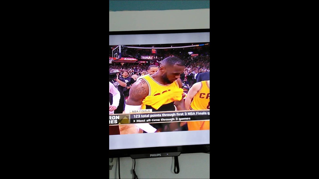 Lebron James Dick Shown In Nba Championship2015 - Youtube-8671