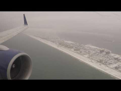 Delta 757-200 Landing in New York-JFK After a Snowstorm