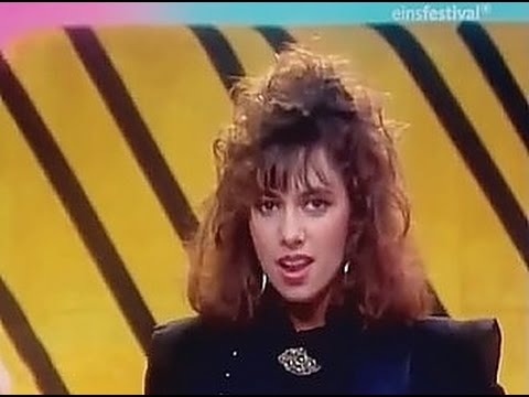 Manic Monday - The Bangles (HQ/1080p)