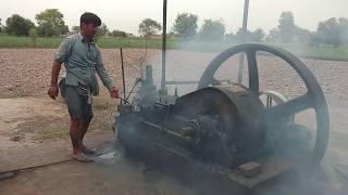 Old Black Desi Engine Amaizing Technology,beauty full Starting working with tubewell Punjab Pakistan