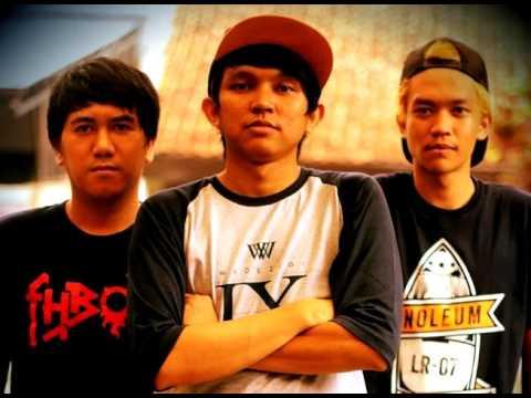 LOWDICK - Hina Tuk Kembali ( Official Music)