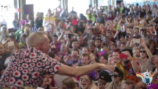 "Baixar FatBoy Slim: ""One Of The Best Audiences I've Ever Played To!"""