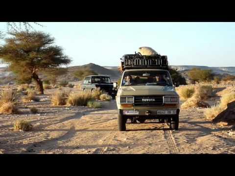 Escalando en el Hoggar. Argelia.