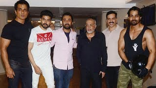 Get Together Of Team 'Paltan' At Sonu Sood's House | Harshvardhan Rane, Siddhanth Kapoor