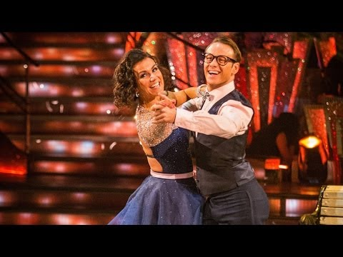 Susanna Reid & Kevin Foxtrot to 'Can't Take My Eyes Off You' - Strictly Come Dancing: 2013 - BBC One