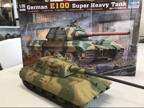 Building the 1/35 Trumpeter models E100 super heavy tank
