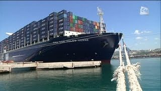Le plus grand conteneur du monde inauguré par Hollande
