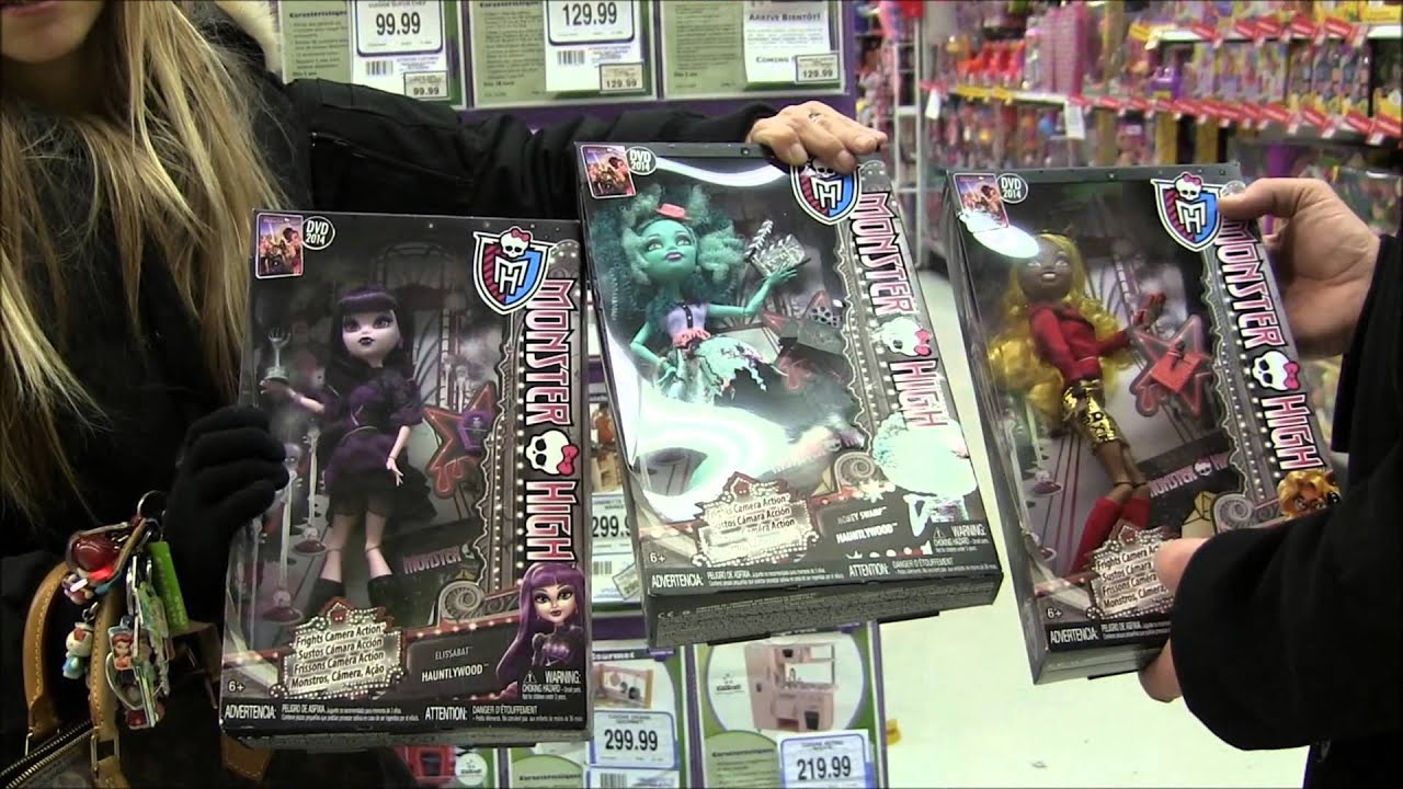 MONSTER HIGH DOLL HUNTING FOR FRIGHTS CAMERA ACTION NEW STARS IN TOYS R US CANADA VIDEO D