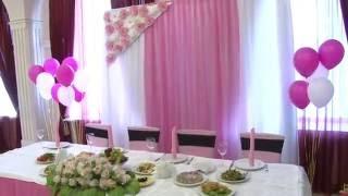 оформление свадебного зала в ресторане место жениха и невесты билборд павлодар