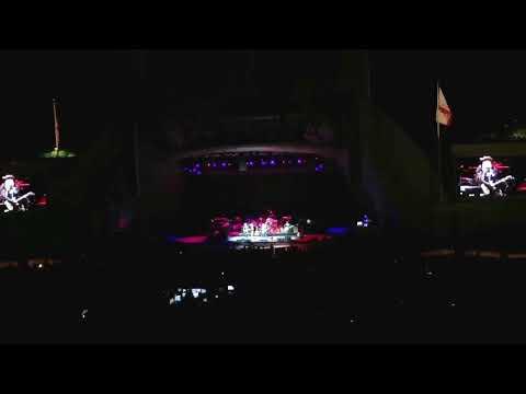 "Lucinda Williams ""Drunken Angel"" (Live) at the Hollywood Bowl 9/21/2017"