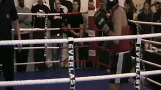 Strike Open, Carl Åkerlund Rond 2