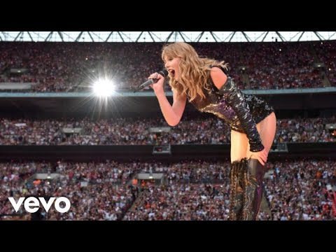 Taylor Swift - Sparks Fly (Live From Reputation Stadium Tour)